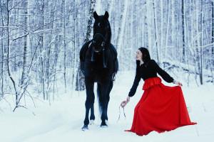 Катание на лошадях в Казани, конные прогулки по лесу, верховая езда